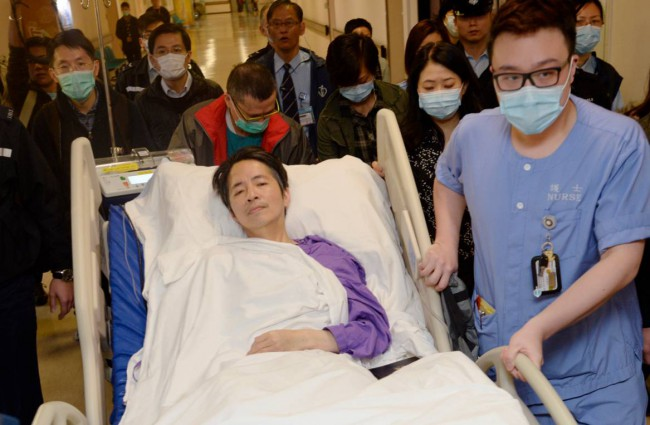 Ming Pao's former chief editor Kevin Lau, who was brutally attacked on Wednesday, is transferred to a private ward in Eastern Hospital after spending three days in intensive care in Hong Kong